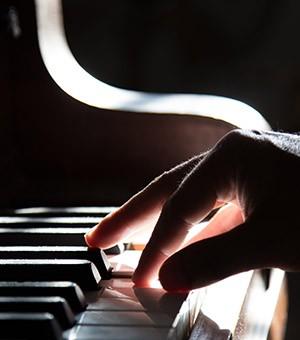 nejnata_melodia_pianoto_main