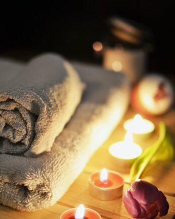 bath-towel-candles