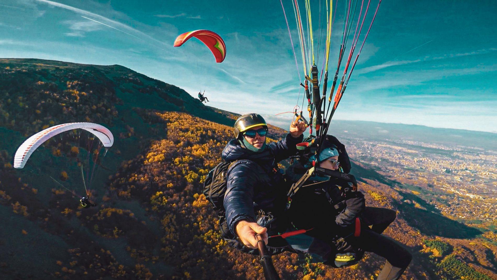 Изкачи се и полети – планински преход и полет с парапланер