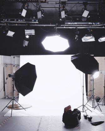 фотостудио с оборудване