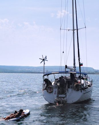 парти на яхта