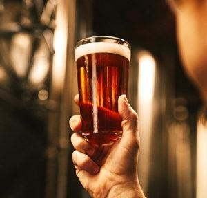 идеи за коледен подарък за мъж - да стане пивовар за ден